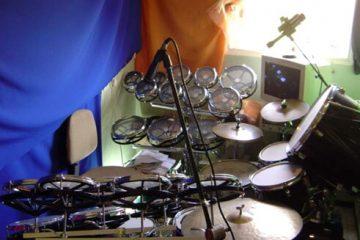 סט תופים מבוסס צלילים