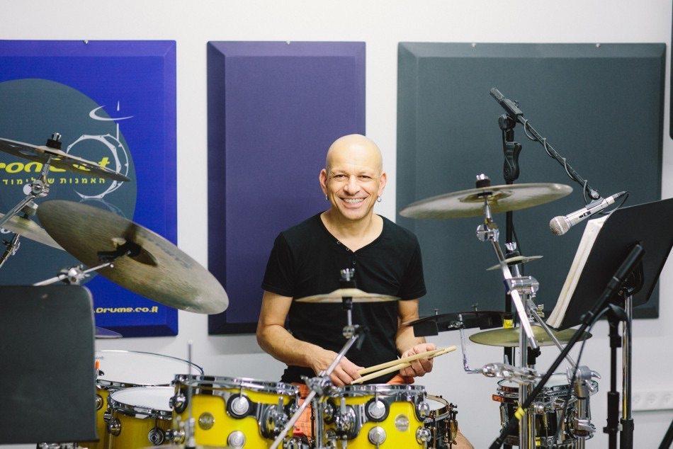 בית הספר למוזיקה של דורון גיאת - מורה לתופים